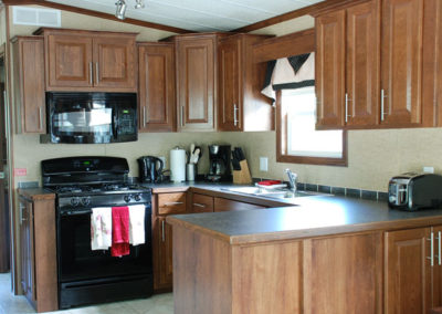 Fully equipped full size kitchen